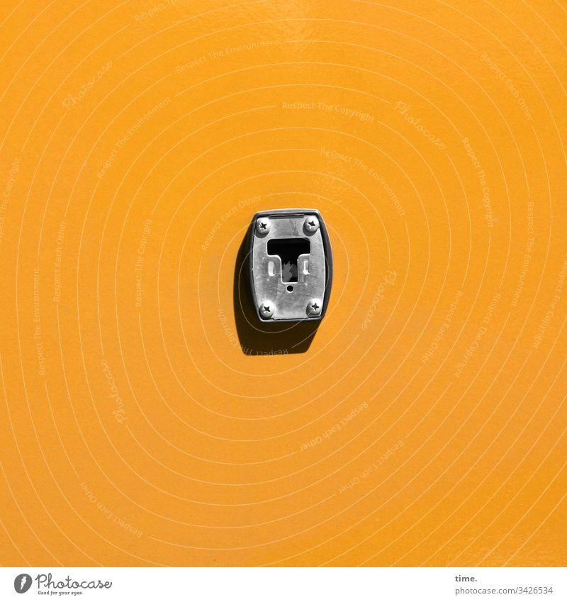 Schnittstellen des Alltags (7) kfz auto camping bus wand streifen funktion caravan orange sicherheit sonnig schatten gelb metall schraube hängevorrichtung