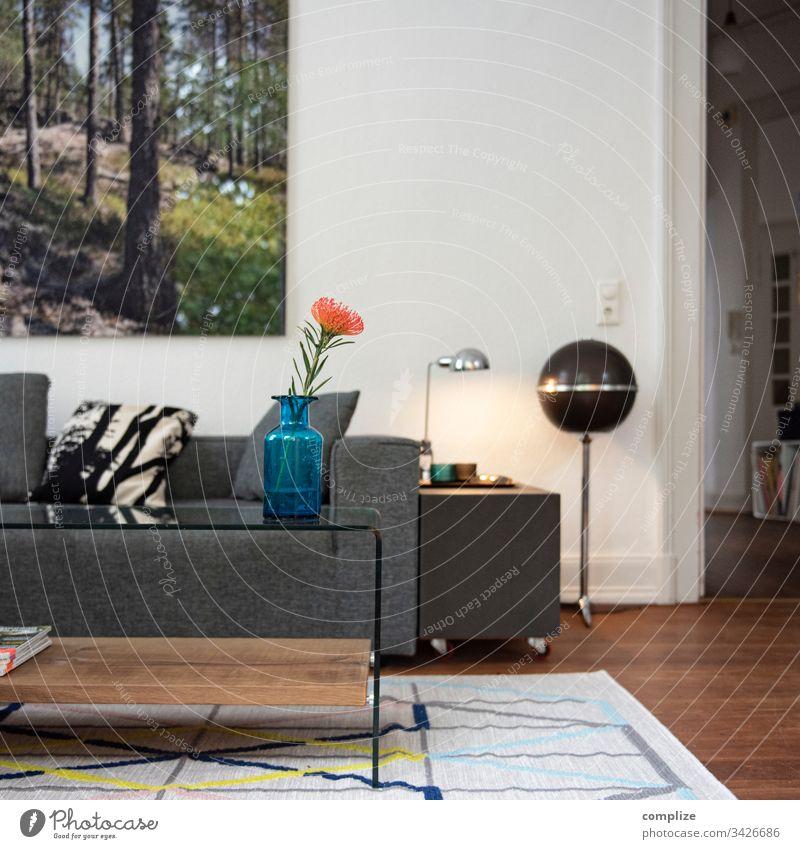 Zuhause ist es am schönsten wohnung interior Design Möbel zuhause wohnen Cocooning Wohnzimmer Lampe sofa Couchtisch Lautsprecher Bildart & Bildgenre Altbau
