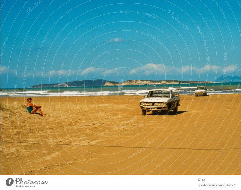 Mein Auto, das Meer und du Frau Ferne Erholung Küste PKW Blauer Himmel Atlantik Pickup KFZ Sandstrand New York State