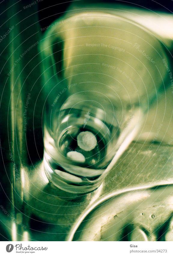 Alka Seltzer Medikament Lösungsmittel Tablette Spiegel Industrie Aspirin Bayer Wasser Glas Gift