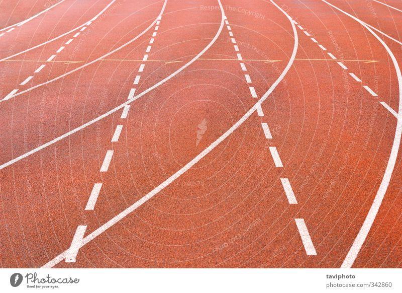 Laufbahn Spielen Sport Joggen Stadion Rennbahn rennen Fitness rot weiß Beginn Konkurrenz Bahn Schlacke Linien beige Athlet Sprint Feld sportlich Fahrspur