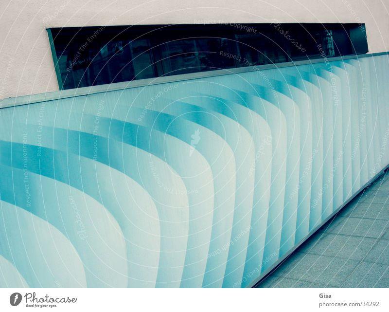 Ombrè blau Fenster Architektur Raum Reaktionen u. Effekte Lamelle Wandmalereien schillernd