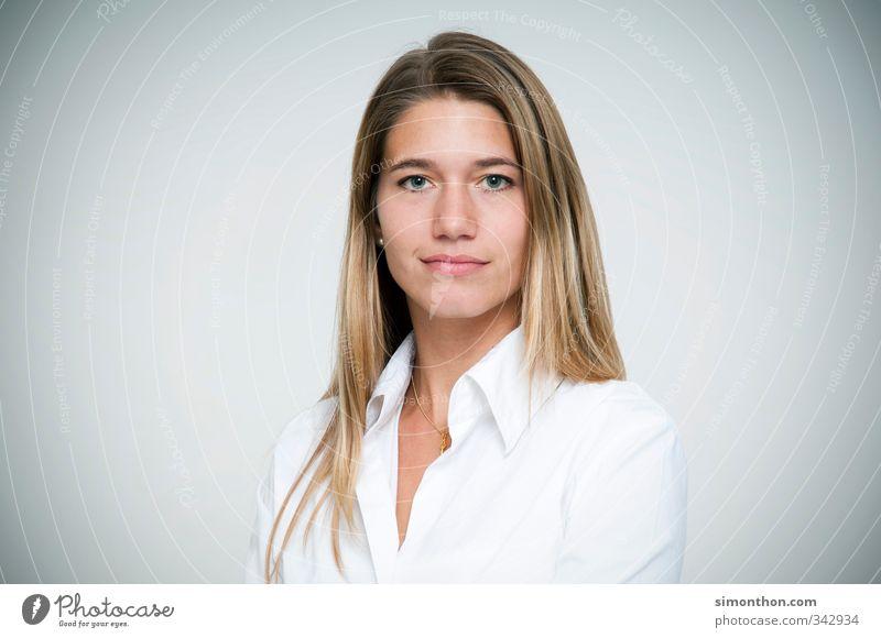 Boss Mensch Jugendliche 18-30 Jahre Erwachsene feminin Arbeit & Erwerbstätigkeit Business Erfolg Studium Bildung Erwachsenenbildung Sitzung