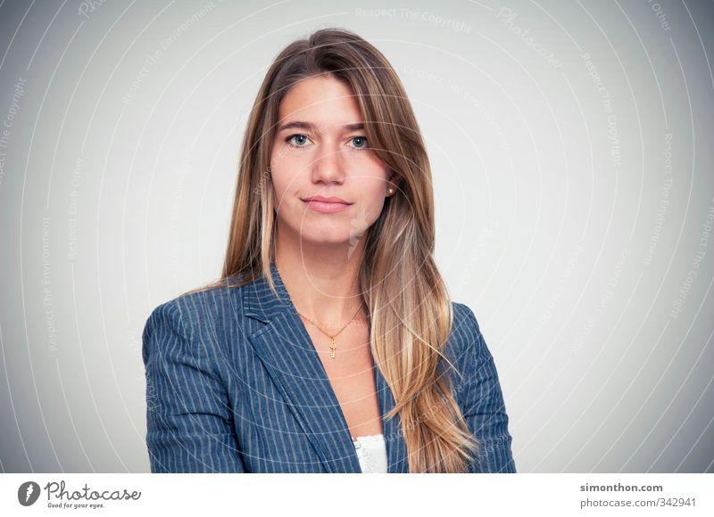 Boss Jugendliche 18-30 Jahre Erwachsene feminin Business Erfolg Studium Macht Bildung Wirtschaft Beratung Gesellschaft (Soziologie) Karriere Unternehmen Berufsausbildung Werbebranche