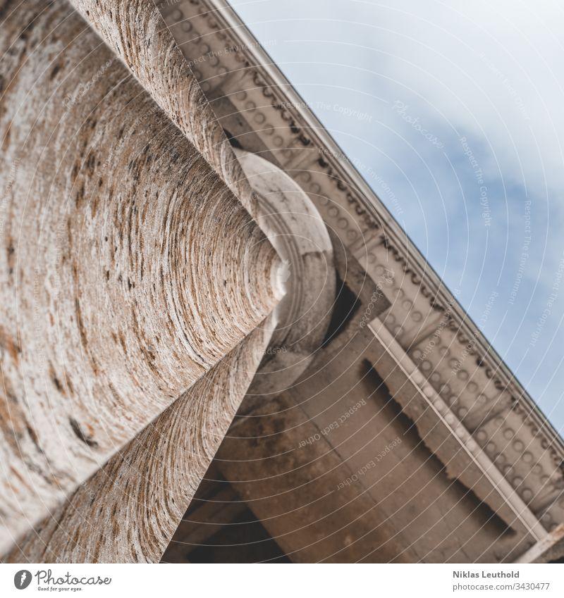 altes Gebäude mit Säule Blick nach oben Architektur Ständer Stein historisch Denkmal Walhalla Tourismus Wahrzeichen Spalte Himmel Tempel Religion & Glaube