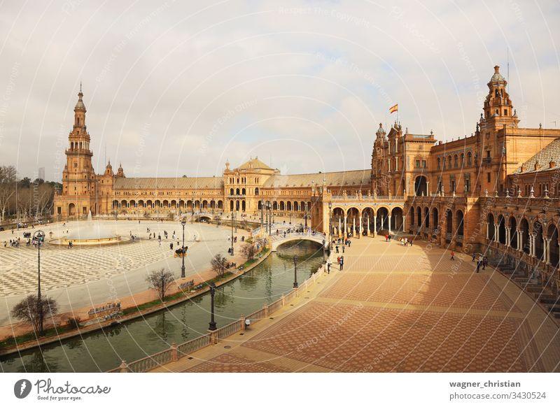Plaza de Espana, Sevilla, Spanien Plaza de España Europa Gebäude Außenaufnahme Ferien & Urlaub & Reisen Wahrzeichen Großstadt Denkmal Farbfoto berühmt Turm