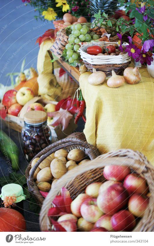 Erntedank Pflanze Blume Essen Lebensmittel Frucht Ernährung Kräuter & Gewürze Fisch Gemüse Getreide Apfel Geschirr Brot Teller Backwaren