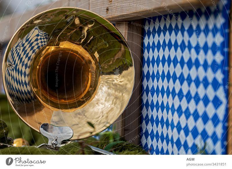 Bayrische Gemütlichkeit mit Blasmusik und Rautenmuster Band Horn art austria background bass bavaria bavarian beer garden beergarden body brass brass band