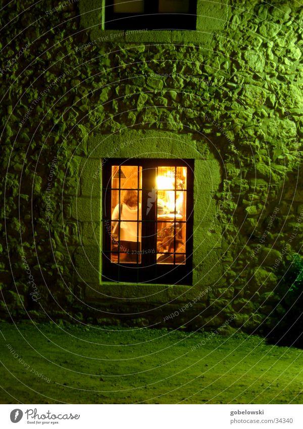 das Fenster Spanien Licht Langzeitbelichtung grün gelb Club