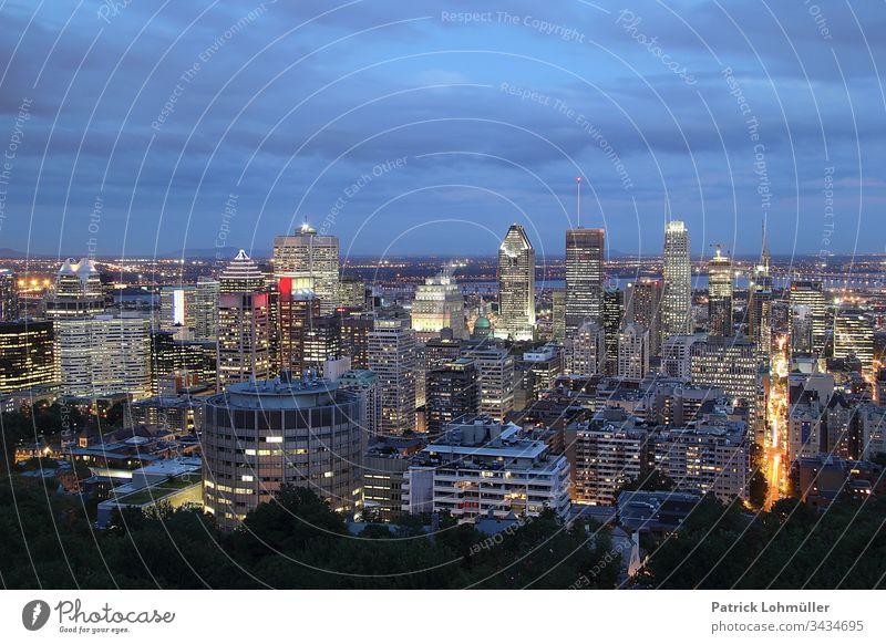 Montreal Kanada Québec Architektur Stadt Hochhaus Außenaufnahme Großstadt Farbfoto Stadtzentrum Skyline urban Ferien & Urlaub & Reisen Wahrzeichen Stadtbild