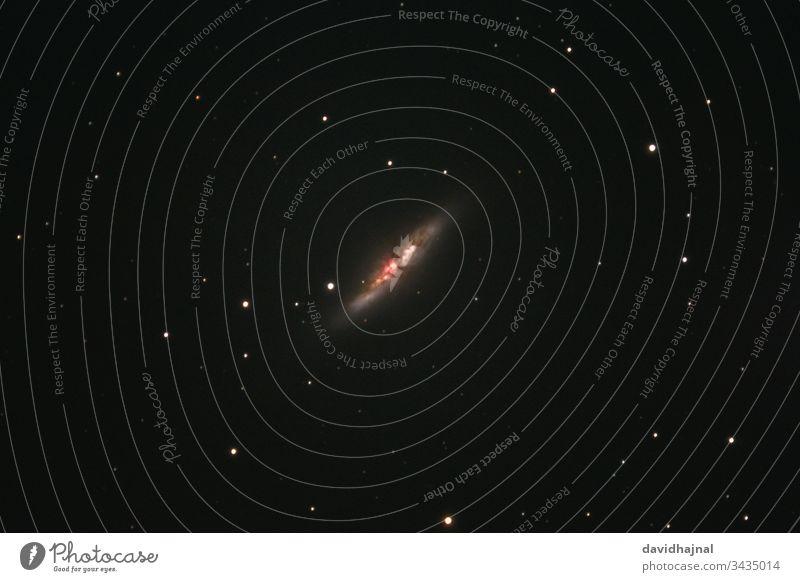 Die Zigarrengalaxie Messier 82 im Sternbild Großer Bär von Mannheim aus fotografiert. NGC 3034 M82 Galaxie Ursa Major Deep Sky Nacht Himmel Milchstrasse