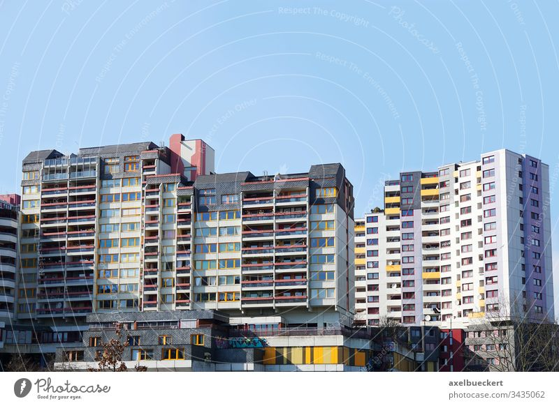 Ihme-Zentrum Hannover ihme-Zentrum ihmezentrum wohnblock heruntergekommen vefall betonburg Ghetto urban Slum wohnen Wohnung wohnraum Gebäude Haus wohnhaus