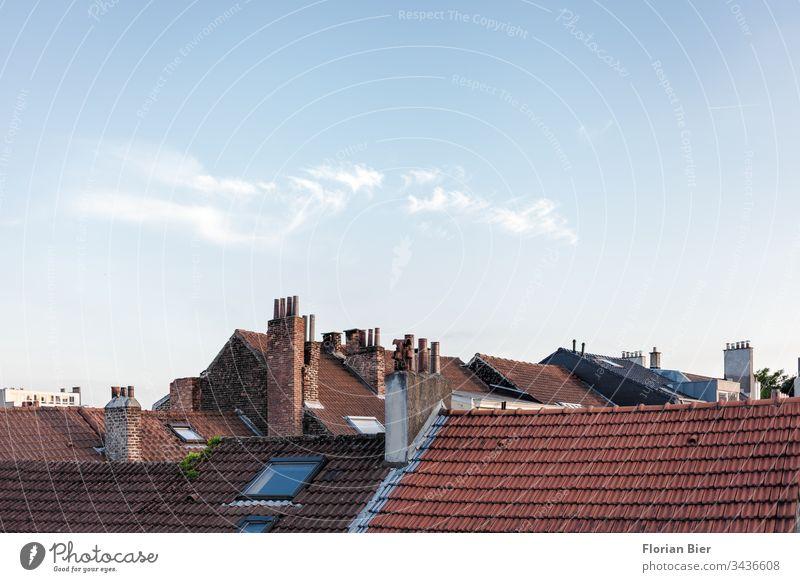 Blick auf die Dächer von Brüssel in Belgien Hauptstadt Gebäude Fenster Innenstadt Zentral Stadtzentrum Bauwerk Haus Architektur Europa Dach Panorama (Aussicht)