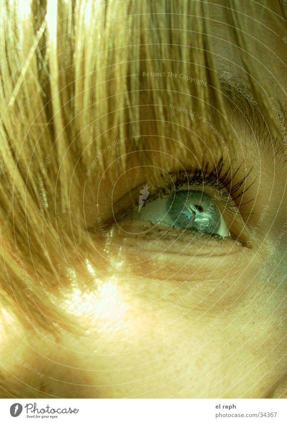 Blick Frau Auge Ferne Haare & Frisuren Zukunft Sehnsucht Wimpern