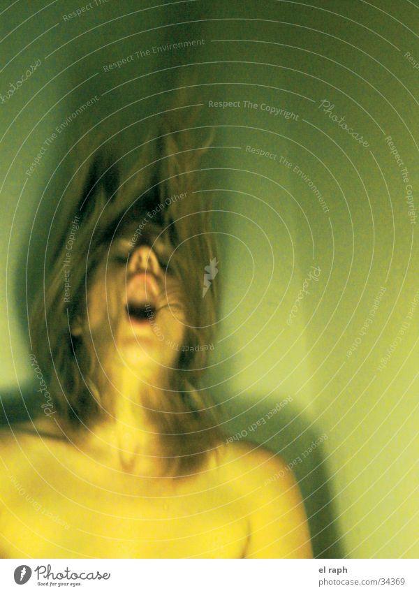 Teichnymphe Frau schreien Unterwasseraufnahme Extase Fabelwesen Nymphe
