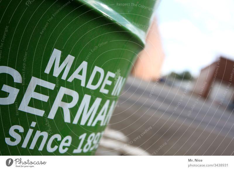 Made in Germany Tonne grün Grüne Tonne Handel Industrie Schriftzeichen Schilder & Markierungen Verpackung Konkurrenz Leistung Qualität Wachstum Ölfass