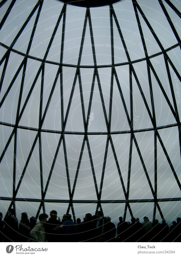 Top of the gherkin London Hochhaus Kuppeldach Haus Dom Architektur sir norman forster rauten Himmel 30 St Mary Axe