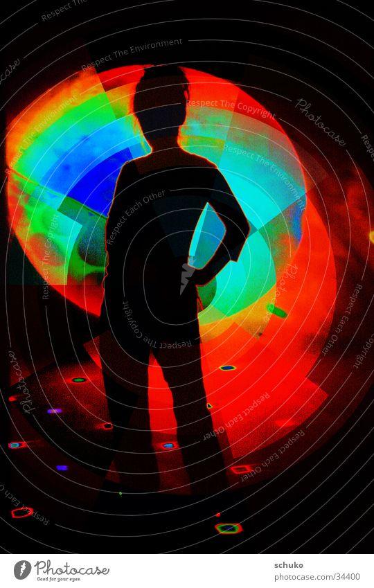 Discoqueen Frau feminin Veranstaltung dunkel mystisch Nebel Reaktionen u. Effekte Farbe Tänzer Party Partygast Körperhaltung Silhouette mehrfarbig Gegenlicht 1