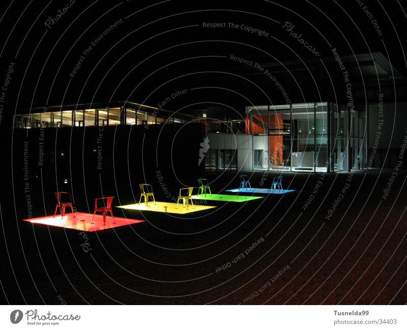FH Pforzheim bei Nacht die 2. grün blau rot gelb Gebäude Architektur Stuhl Bibliothek