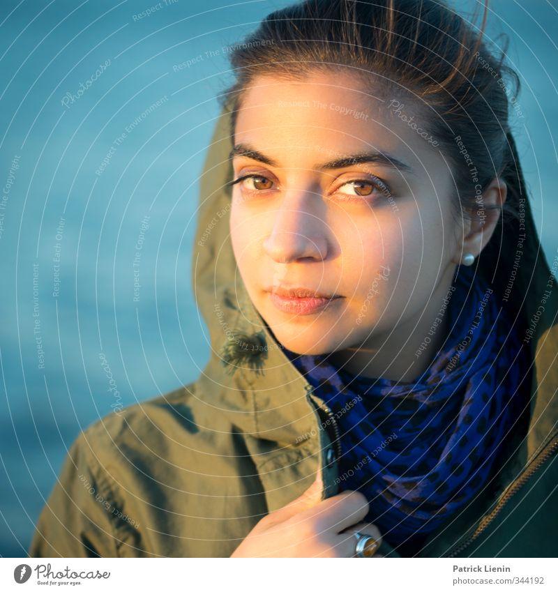 . Mensch Frau Jugendliche schön Erholung ruhig 18-30 Jahre Gesicht Erwachsene feminin Stil Gesundheit außergewöhnlich Kopf elegant Zufriedenheit