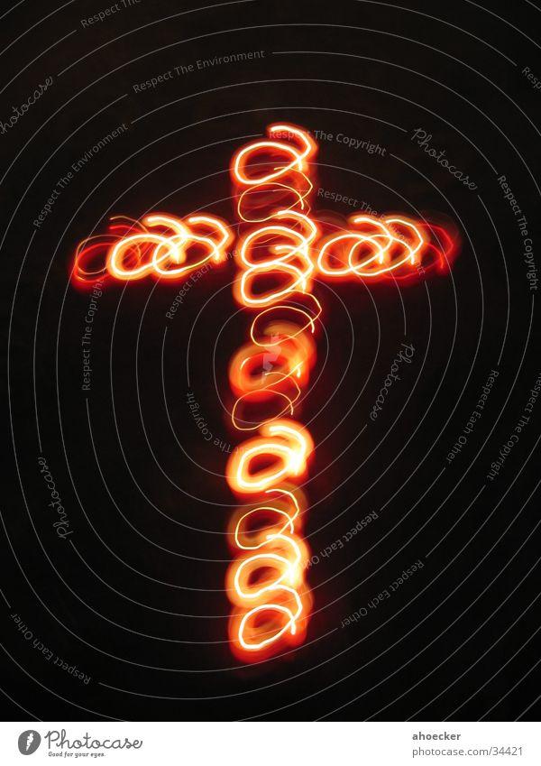 Licht-Kreuz rot Rücken Kreis Kerze rund