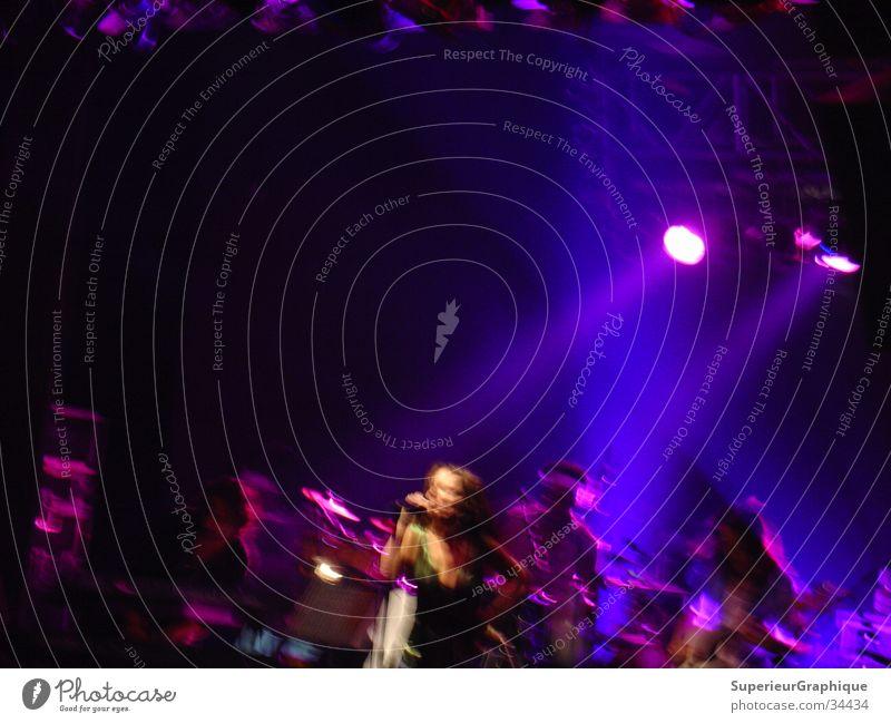 bebel gilberto Musik Konzert Scheinwerfer