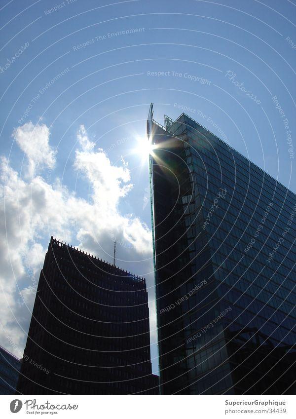 reflektion Sonne Haus Wolken Architektur Potsdamer Platz