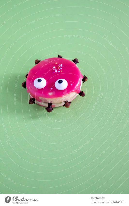 Corona Virus Keks (leider süß und niedlich) covid-19 COVID Sars-CoV-2 Pandemie Pandemie - Krankheit kekse backen naschen pink augen vernaschen witzig Meme