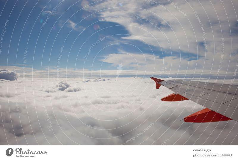 Zweiflügler Himmel Ferien & Urlaub & Reisen blau weiß Wolken Freiheit grau Horizont fliegen orange Verkehr Tourismus Schönes Wetter Luftverkehr Flugzeug