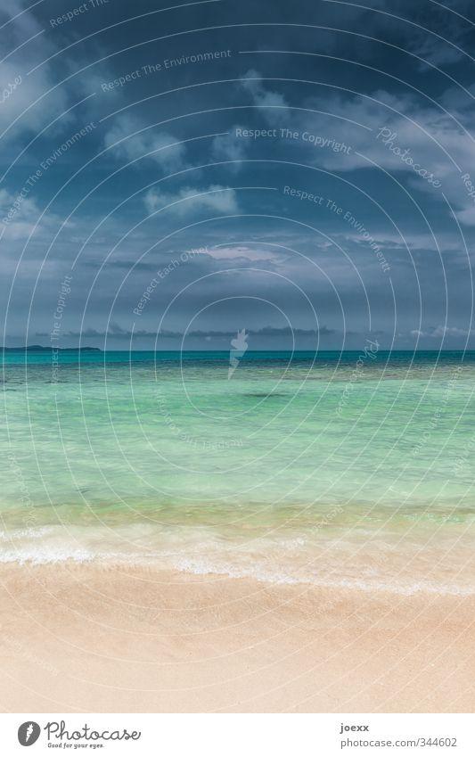 Schichten Ferien & Urlaub & Reisen Tourismus Ferne Sommerurlaub Strand Meer Natur Wasser Himmel Wolken Horizont schlechtes Wetter Küste Insel Sauberkeit blau