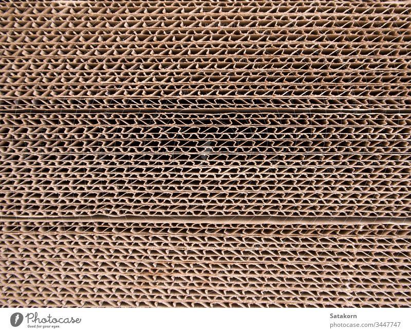 Wellpappe-Kanten Hintergrund Holzplatte Kasten braun Karton Ladung Schachtel Nahaufnahme gewellt geschnitten Saum Grunge horizontal Industrie Material Paket
