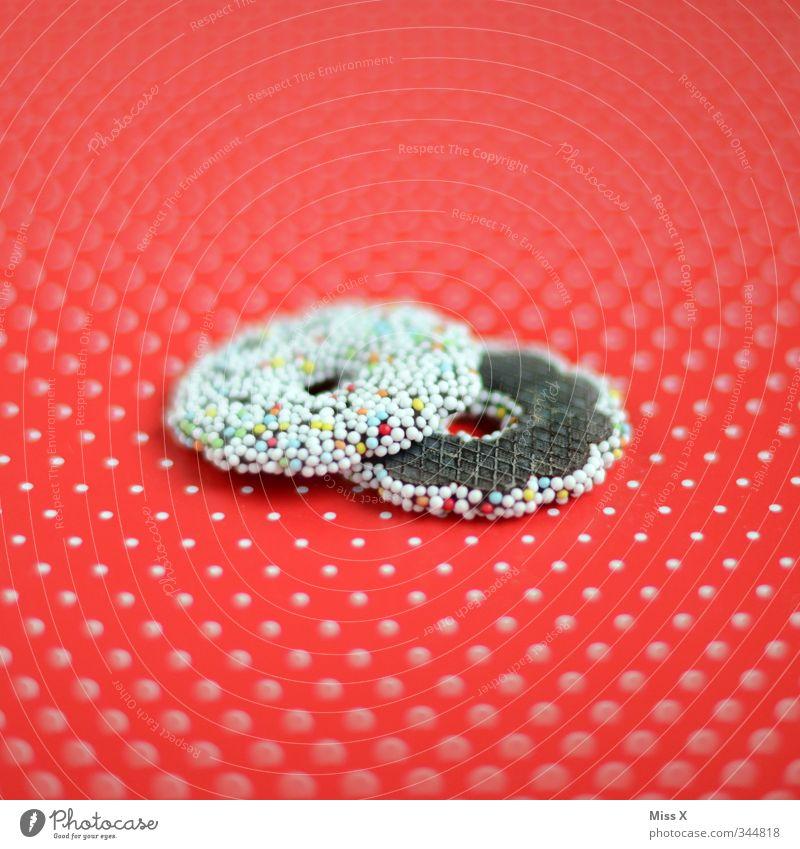 Muster Lebensmittel Süßwaren Schokolade Ernährung Weihnachten & Advent lecker süß rot Punkt Zucker Zuckerstreusel Kringel Farbfoto mehrfarbig Nahaufnahme