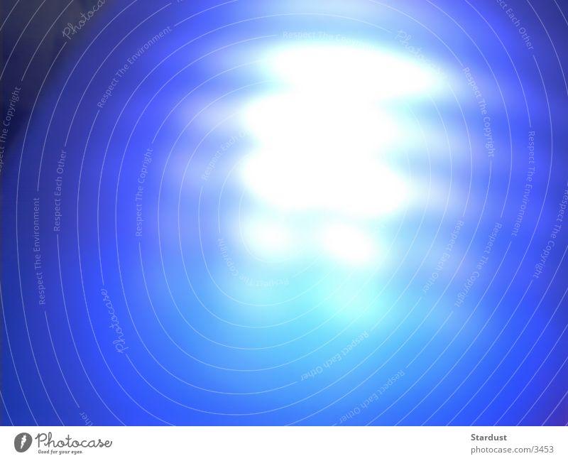Die Seele Licht diffus Unschärfe Fototechnik Aura blau