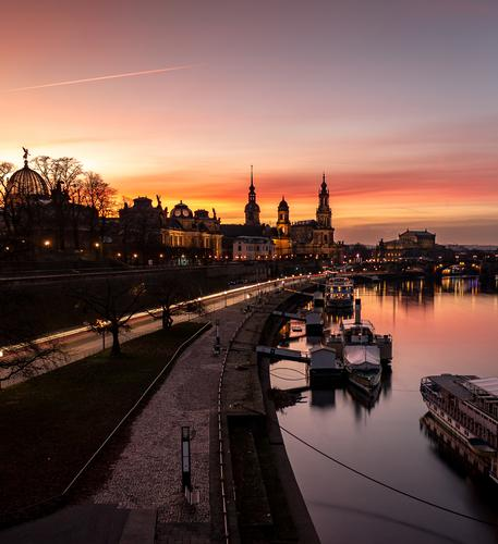Skyline von Dresden, Altstadt, Sachsen, Deutschland ästhetisch Elbe Detailaufnahme Semperoper Zufriedenheit Kunst Kirche Dom Silhouette historisch