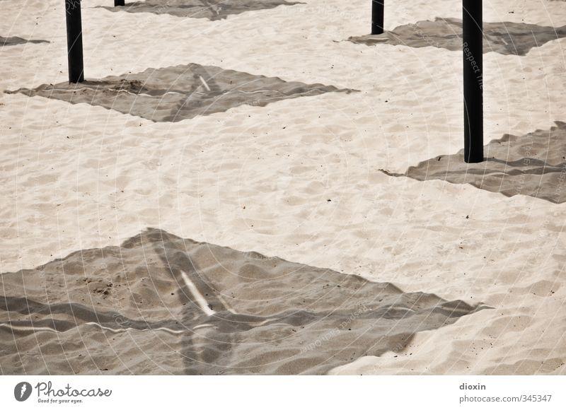 Schatten Ferien & Urlaub & Reisen Tourismus Sommer Sommerurlaub Sonne Sonnenbad Strand Sand Sonnenlicht Schönes Wetter Wärme Küste Schirm Sonnenschirm