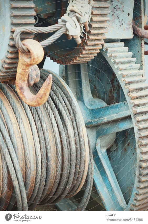 Außer Betrieb Zahnräder Haken Seil Metall alt Draht dick fest haltbar Mechanik rustikal Getriebe Detailaufnahme Technik & Technologie Industrie Maschine