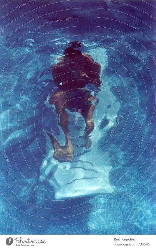 Underwater living Mensch Mann Wasser Sonne Meer Sommer ruhig tauchen Liege Unterwasseraufnahme