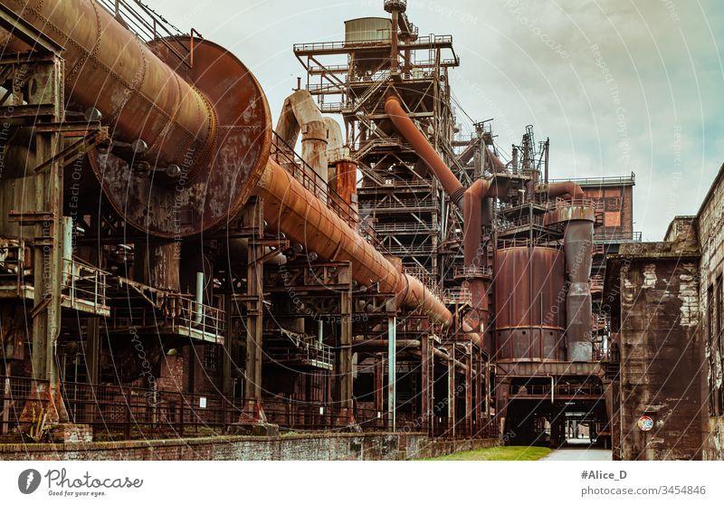 Landschaftspark Duisburg Nord Industriekultur Deutschland Architektur Architekturabstrakt Explosion Brachfläche Gebäude Kohle Konstruktion kulturell