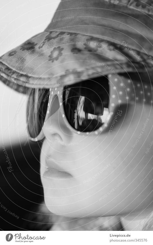 M.M.W. Mensch Kind weiß Mädchen schwarz feminin Kopf Brille Stoff Kleinkind Mütze Sonnenbrille 1-3 Jahre