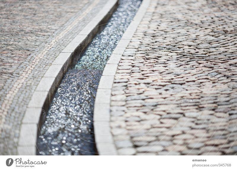 Bächle Ferien & Urlaub & Reisen Stadt Wasser Sommer Straße grau Stein Tourismus Platz Bodenbelag Reinigen Wahrzeichen Stadtzentrum Kurve fließen Bogen