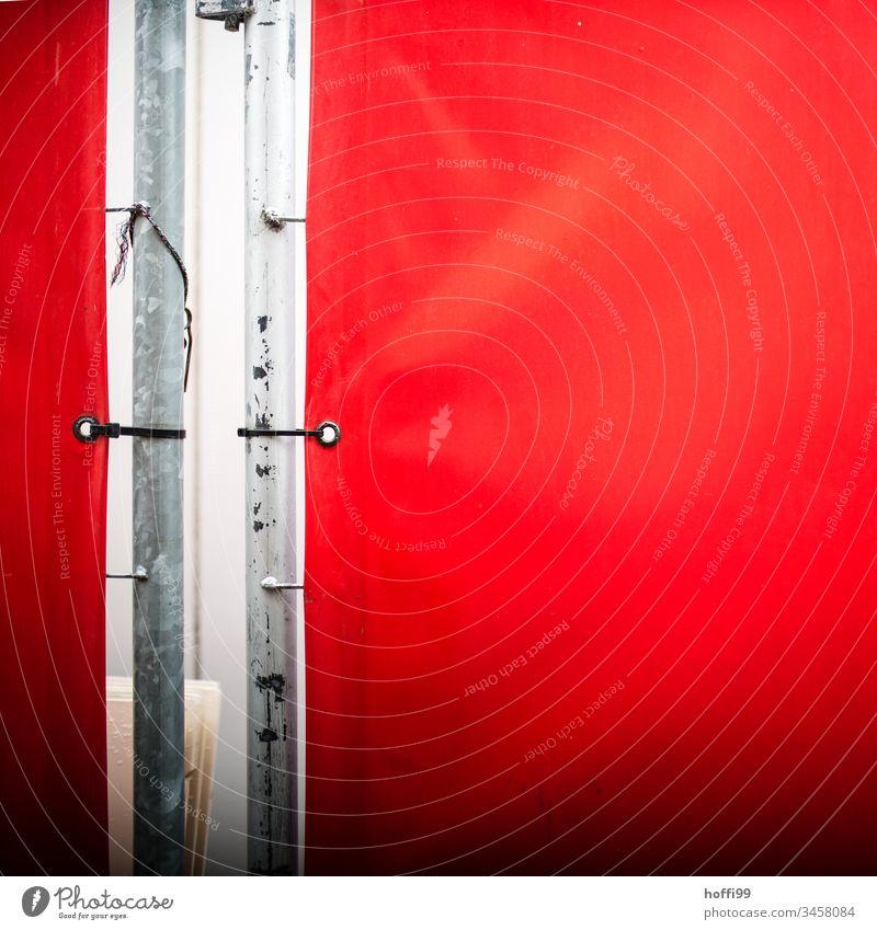Absperrung mit roter Plane Absperrgitter Barriere Schutz Baustelle Verbote Strukturen & Formen Mauer Sicherheit Muster Metall Gitter Dienstleistungsgewerbe Zaun