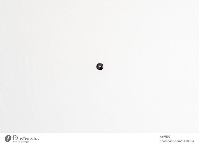 mach Licht an - Lichtschalter an weißer Wand rot Schalter weiße Wand minimalistisch minimalistisches Muster minimalistischer Hintergrund Design einfach Mauer