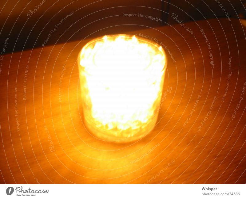 Blazing Candle Kerze Häusliches Leben Kristallstrukturen Scherbe Splitter