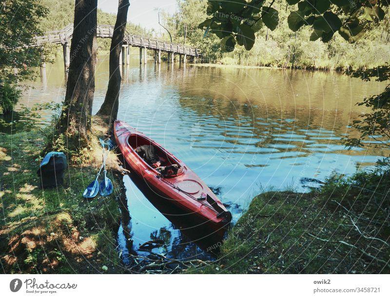 Mal Pause machen Kanal Mecklenburg-Vorpommern Mecklenburgische Seenplatte Wasser Ufer fließen Wasseroberfläche still friedlich windstill Schönes Wetter