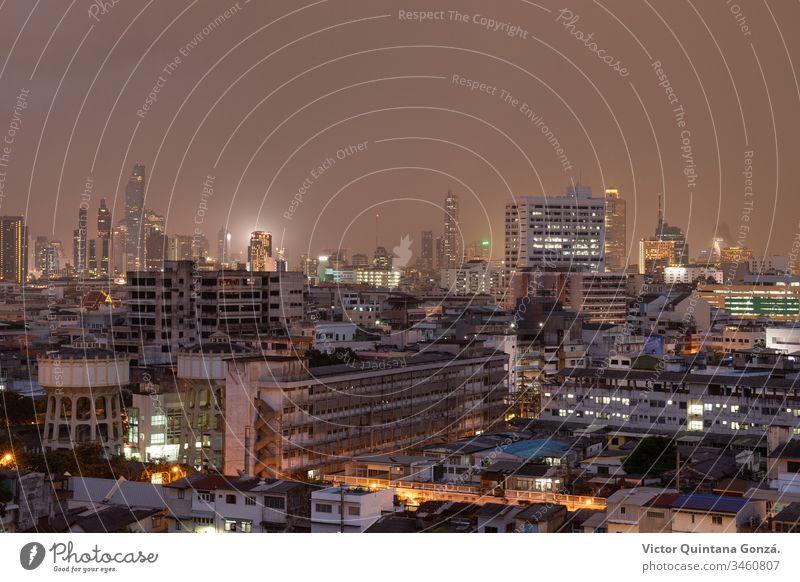 Skyline von Bangkok Architektur Kunst Asien Brücke Gebäude Großstadt Stadtbild Zusammensetzung Konstruktion Darstellung Stadtzentrum Abenddämmerung Horizont