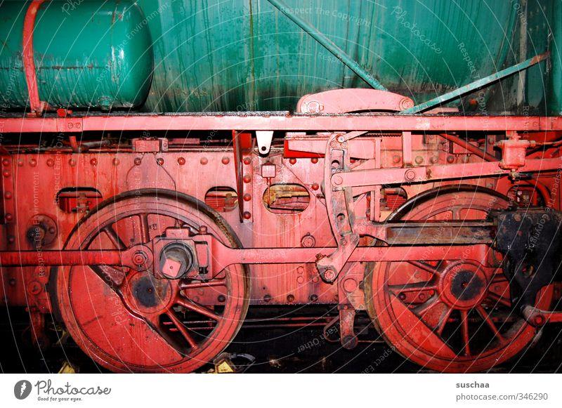 timemachine grün rot Bewegung Metall Eisenbahn Technik & Technologie Güterverkehr & Logistik hart Behälter u. Gefäße schwer Lokomotive Schienenverkehr