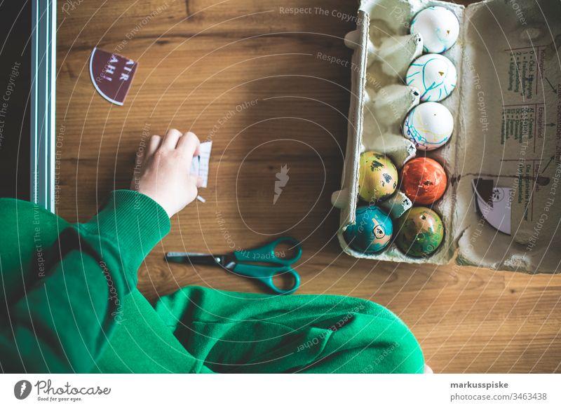 Handbemalte Ostereier handbemalt Ei Dekoration & Verzierung dekorieren Feste & Feiern Religion & Glaube religiös Kind Kindheit Kindergarten Kinderspiel