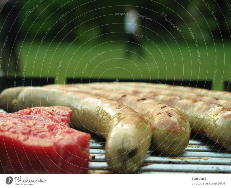 Grillst Du mich auch, bitte? Grillen Bratwurst Würstchen Steak Ernährung