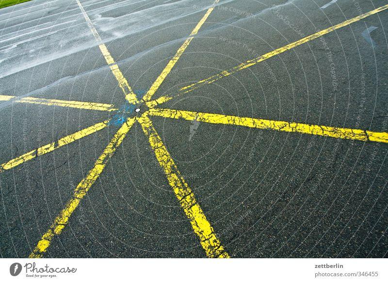Sternförmig Straße Wege & Pfade Berlin Linie Verkehr Luftverkehr Schilder & Markierungen Stern (Symbol) Asphalt gut Kreuz Verkehrswege Riss Flughafen