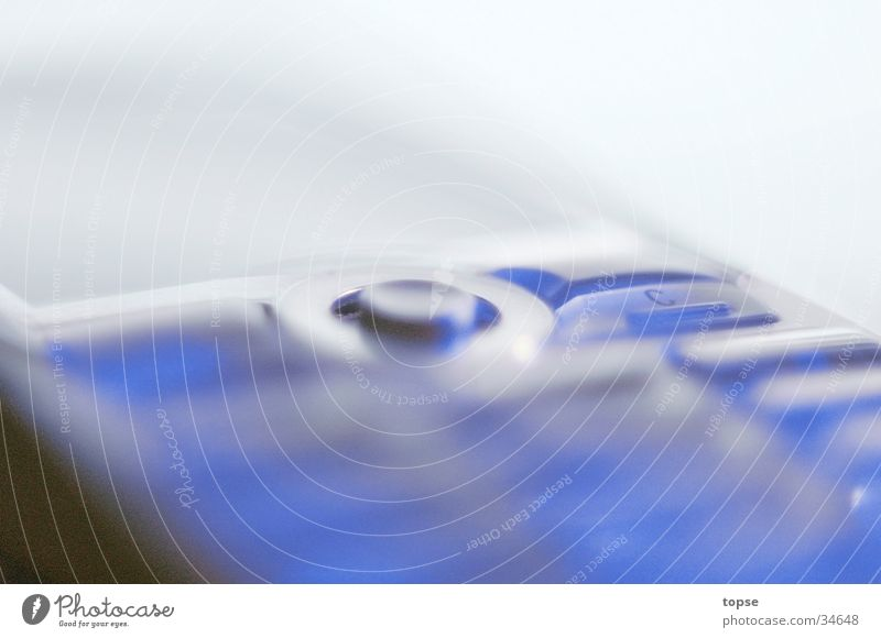 K700 blau Perspektive Handy Telefon